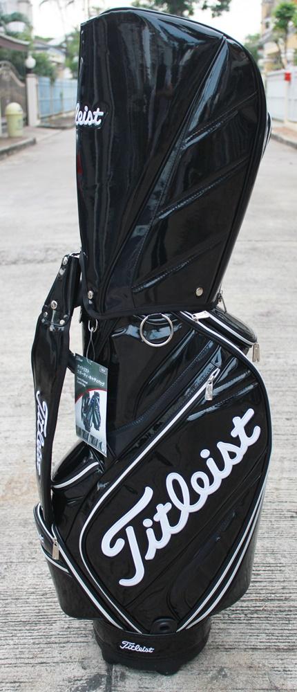 ขายถุงกอล์ฟ TITLEIST ของใหม่ 2ใบ2แบบ