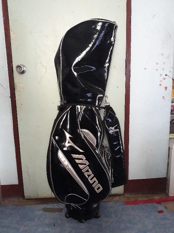ขายถุงกอฟล์ MIZUNO มือสอง ใหม่ครับ