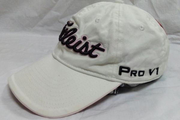หมวกกอล์ฟสวยๆ หลายใบ