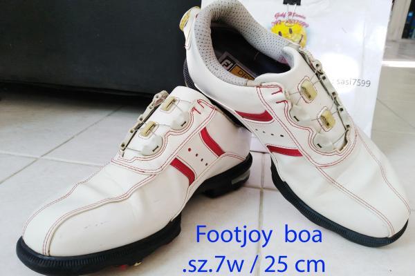 รองเท้ากอล์ฟมือ 2 มาใหม่ มีหลายไซส์ ส่งฟรี ราคาไ่ม่แพง