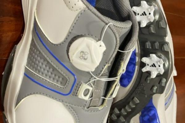 ขายกูก รองเท้ากอล์ฟ ADIDAS ของใหม่ มือ1 แท้ชัวร์ หิ้วมาจากอเมริก